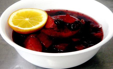 Norwegian fruktsuppe