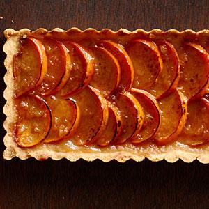 spiced-persimmon-tart-brandy-mascarpone