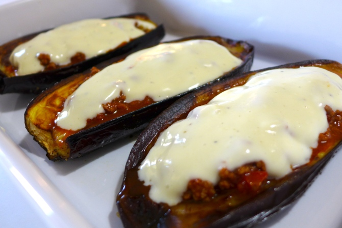 Greek-stuffed-Eggplant-recipe-Melitzanes-Papoutsakia-prep3