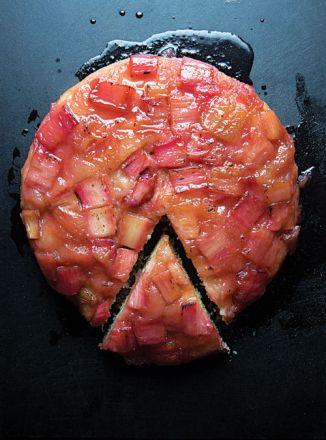 rhubarb_upside_down_cake