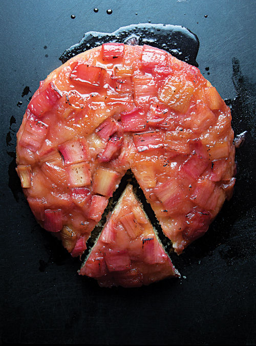 rhubarb_upside_down_cake